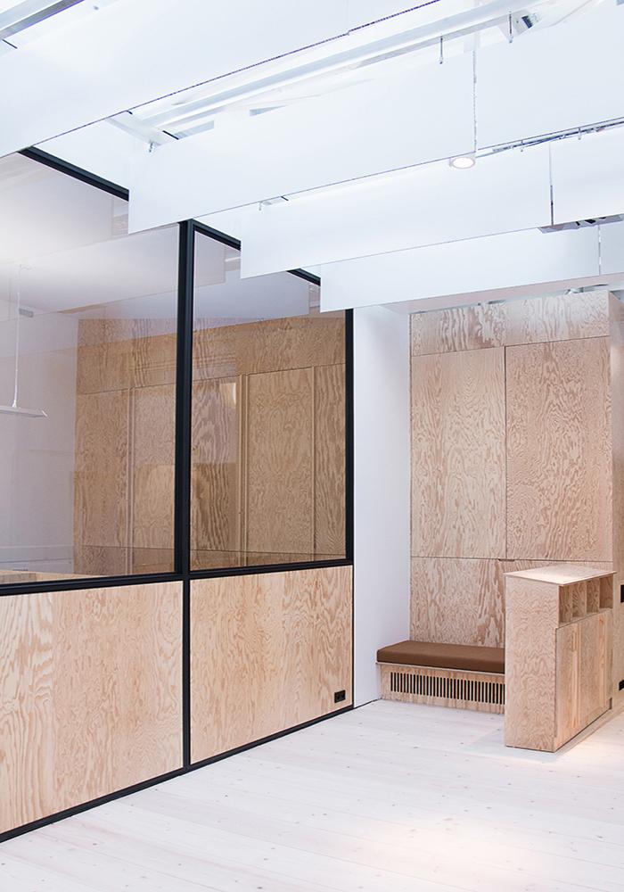 PIERRE LEVEE-CARHARTT-INSTITUTIONNEL-LAURENT-DEROO-ARCHITECTE-CLOISON-BOIS-WOOD-CLOSING